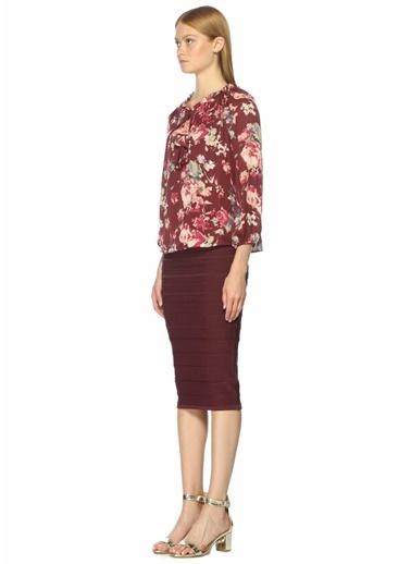Joie Yakası Bağcıklı Çiçekli Fırfırlı Bluz Renkli